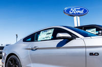 "Ford mise son avenir sur un centre ""high-tech"""