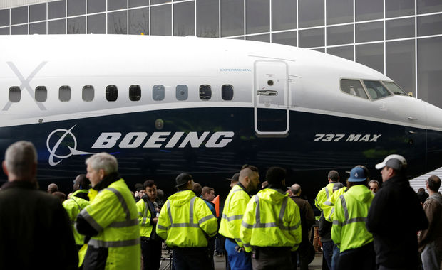 Boeing 737 MAX 7 , REUTERS