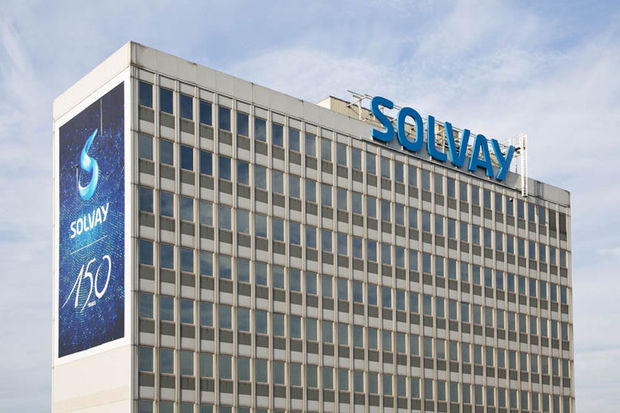 Solvay double sa production de fibre de carbone pour l'aviation