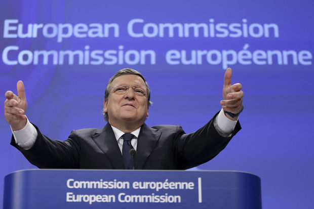 Barroso chez Goldman Sachs, la Commission ne condamne pas...