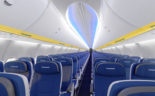 A louer un avion ryanair de luxe en images for L interieur d un avion